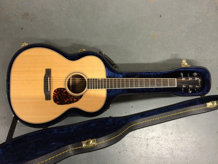 Larrivee Acoustic OM-03R